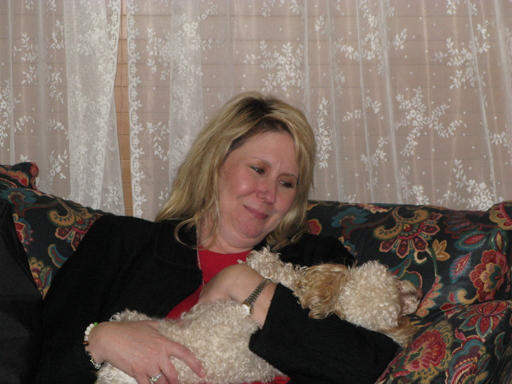 Ann and Tux (2)
